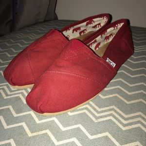 Red Classic Canvas Toms